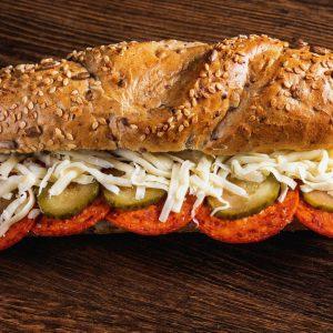 Szalámis szendvics